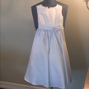 NWT but tag fell off. Kids flower girl dres